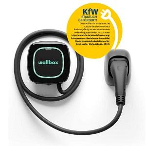 Wallbox Pulsar Plus Ladegerät mit einer Ladeleistung von bis zu 11 KW, Typ 2-Stecker und 5-Meter-Ladekabel. Bluetooth- und Wi-Fi-Konnektivität.